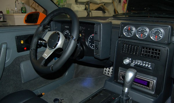 Pennock's Fiero Forum - Speedhut gauges  (by 1986 Fiero GT)