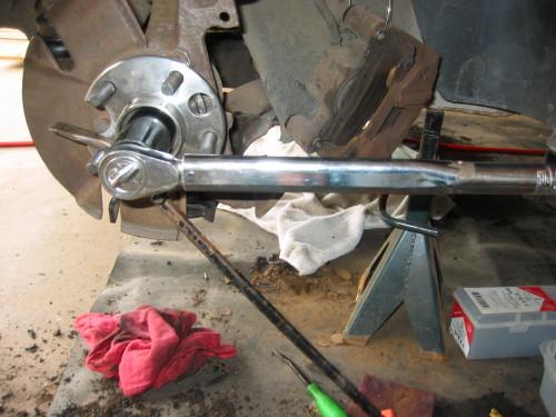 Pennock's Fiero Forum - How to replace the rear bearing hubs
